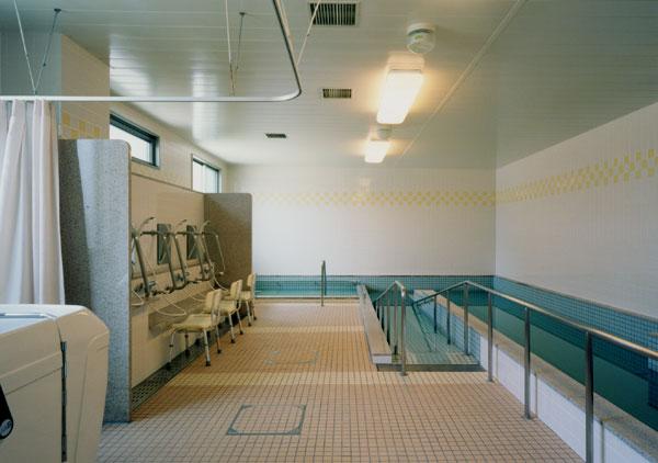 浴室機能回復訓練プール